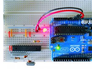 Arduino_standalone_breadboard_led-500x375