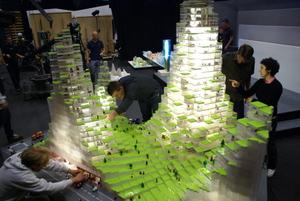 Big_lego_model_building_2